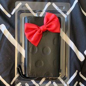 Disney's Minnie Mouse iPhone 6 Wallet Case